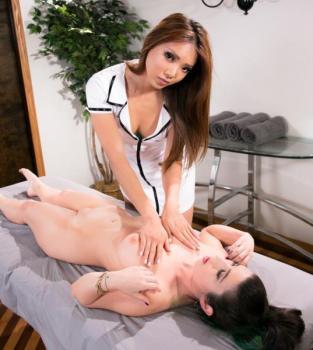 all-girl-massage-serena-blair-ayumi-anime.jpg