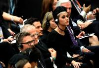 katy-perry-and-orlando-bloom-meeting-the-pope-in-vatican-city-42818-3.jpg