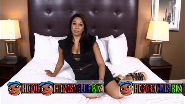 MOMPOV.com – Diana – Diana: 39 year old thick busty Latina MILF [HD 720p]