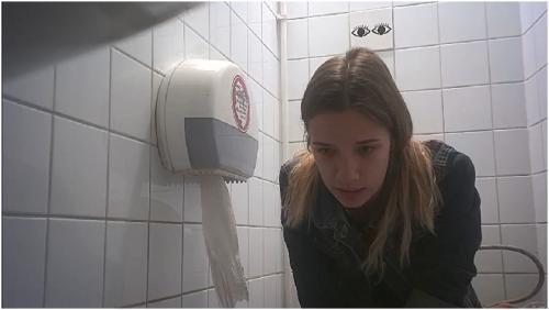 russkie-studentki-skritaya-kamera-trahnul