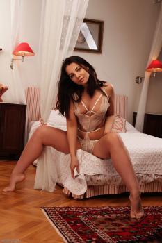 71927279_imageworks-melisa-lingerie-4-096.jpg