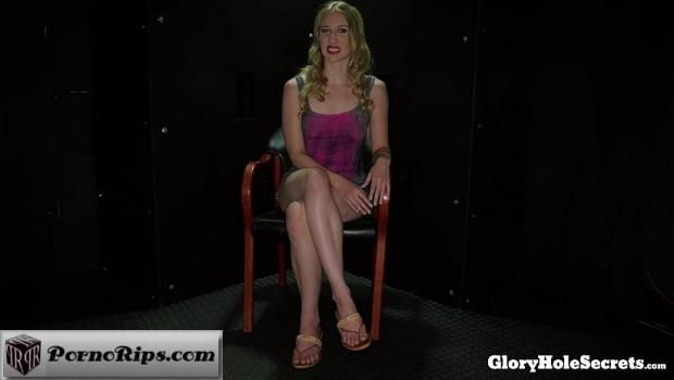 gloryholesecrets-18-06-01-riley-reyes-first-glory-hole.jpg