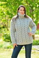 69643802_gray-hand-knitted-wool-non-2.jpg
