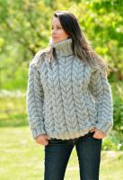 69643807_gray-hand-knitted-wool-non-6.jpg