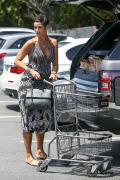Nicole Murphy - Getting A Grocery Run At Bristol Farms (5/4/18)